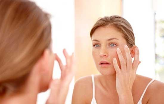 春季皮肤干燥如何护肤 避开这些护肤坑