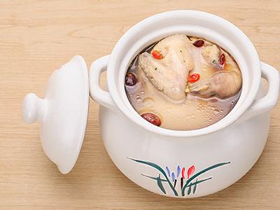 鸽子怎么炖汤好喝又营养 怎么炖鸽子汤营养又好喝