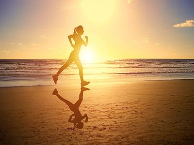 快走多长时间能达到减肥效果 快走减肥的正确方法