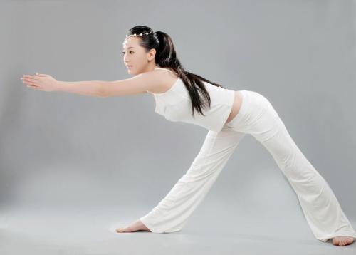 产后恢复瑜伽怎么做?