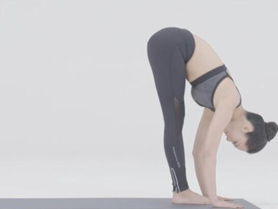 瑜伽收腹减小肚子,四个简单动作必学