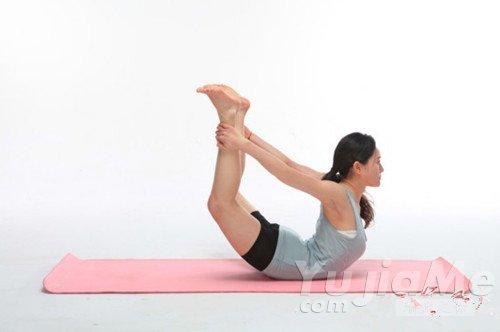 """预防""""岔气""""的五个常练的瑜伽体式"""